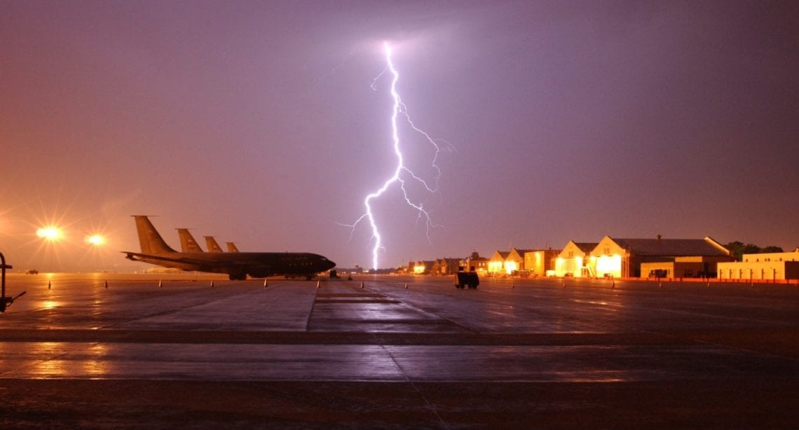 Can planes fly through a lightning storm? Photo: Pxhere